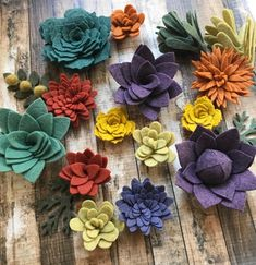Terrific Pictures felt Cactus Flower Suggestions Cacti and also succulents are plant life that will We've usually loved and as all of our work with in t Felt Flowers, Diy Flowers, Fabric Flowers, Flower Pots, Paper Flowers, Potted Flowers, Flowers Garden, Potted Plants, Mason Jar Crafts