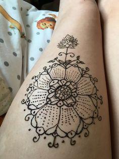 needs color hena tattoos pinterest hennas henna. Black Bedroom Furniture Sets. Home Design Ideas