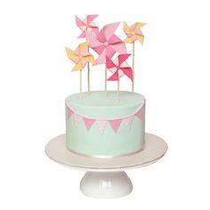 Mint & Pink Pinwheel and Bunting Cake