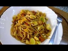 Pro VALTOR, smažené nudle - YouTube Spaghetti, Ethnic Recipes, Youtube, Food, Essen, Meals, Youtubers, Yemek, Noodle