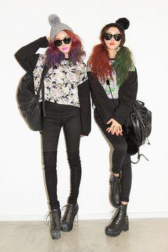 Park Sora - effortlessly beautiful and natural ulzzang. Love her style! Asian Street Style, Japanese Street Fashion, Tokyo Fashion, Harajuku Fashion, Grunge Fashion, Cute Fashion, Asian Style, Korean Style, 90s Fashion