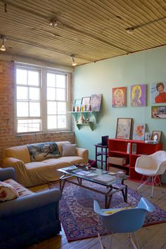Brittany, Jess and Heidi's Real-Deal Artist's Loft in Chicago — House Tour