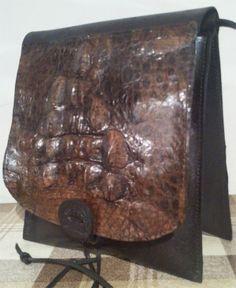 Авторская женская сумка №127 из натуральной кожи. Материал комбинированный:  кожа крокодила и телёнка. Ручная работа, с ремешком через плечо.