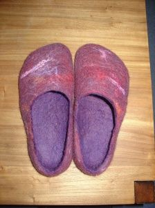 wet felted slipper tutorial from For the Love of Felt