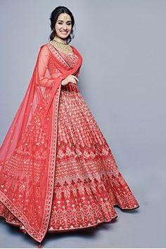Gota patti makes an outfit heavy. Gotta patti worked lehenga & gotta patti suits looks amazing. Fuschia pink bridal lehenga with intricate gota Patti work. Also, adding beauty to the attire is the Gota Patti blouses teamed with the lehenga skirts. Indian Bridal Outfits, Indian Bridal Lehenga, Indian Designer Outfits, Indian Dresses, Bridal Dresses, Lehenga Wedding, Indian Clothes, Red Lehenga, Lehenga Dupatta