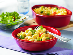 Your favorite mac and cheese grows up a bit with the addition of broccoli, carrots and cauliflower. Now everyone will eat their veggies! #veggie #pasta