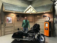 Here is Perry picking up his 2017 Streetglide special that he bought from me here at Harley Davidson of Kokomo