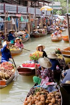 #Bangkok Floating Markets, #THAILAND. What is on your bucket list? Check out the world's largest travel club so you can make your travel plans to places you want to see, and travel at deeply discounted prices. Check out the world's largest travel club at: http://www.drdeena.worldventures.biz/ Dr. Deena Stacer Independent WorldVentures Representative