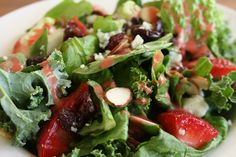 #FoodFunHop :: Strawberry Spinach and Kale Salad with Strawberry Vinaigrette by http://deniseisrundmt.com