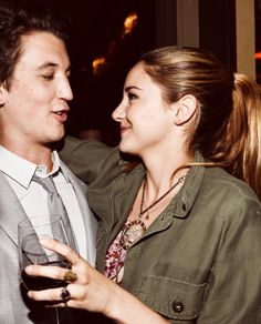 Shailene Woodley and Miles Teller. Divergent, The spectacular now and The fault in our stars.