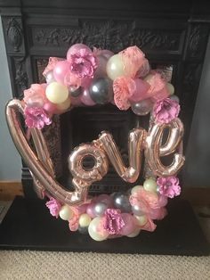 Making your party perfect with our professional, reliable balloon delivery service. Balloon Columns, Balloon Garland, Valentine Decorations, Birthday Decorations, Balloon Clusters, Valentines Balloons, Photo Balloons, Balloon Display, Rose Gold Decor