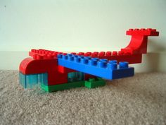 Google Image Result for http://www.build-with-bricks.info/lego-duplo-pics/lego-duplo-passenger-plane.jpg