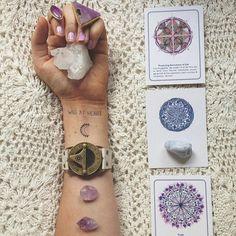 Wild at heart tattoo, crystals, jewellery, oracle cards, wild unknown tarot Hippie Boho, Bohemian, Hippie Masa, Boho Chic, Crystal Grid, Quartz Crystal, Crystals And Gemstones, Stones And Crystals, Healing Stones