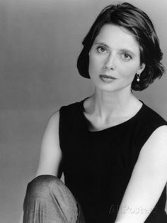 COUSINS, Isabella Rossellini, 1989. ©Paramount/courtesy Everett Collection