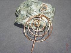 Haar-Spirale ::: VERKAUFT ::: kann auf Wunsch angefertigt werden - Bild vergrößern Handmade Wire Jewelry, Shops, Wish, Handarbeit, Photo Illustration, Tents, Retail