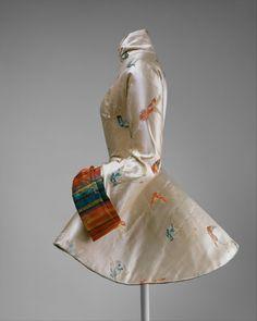 "thevintagethimble: "" Evening Jacket. part of an ensemble.) Madame Grès (Alix Barton) (French, Paris 1903–1993 Var region) Date: 1935 Culture: French Medium: silk.   THE MET """