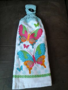 Check out this item in my Etsy shop https://www.etsy.com/listing/266642046/spring-butterflies-double-hanging