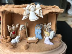 My buttons Nativity set,new home for Baby Jesus !!!!