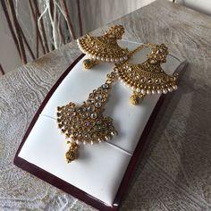 Earrings & tikka