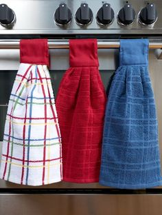 Our hanging kitchen towels have a hook-and-loop fastener for easy storage. This cotton dish towel set is made from 100 percent cotton. Absorbent Kitchen Towels Hang Anywhere So You'll Always Have Them At the Ready Kitchen Towels Crafts, Kitchen Towels Hanging, Dish Towel Crafts, Kitchen Hand Towels, Hanging Towels, Dish Towels, Crochet Kitchen Towels, Kitchen Craft, Kitchen Linens
