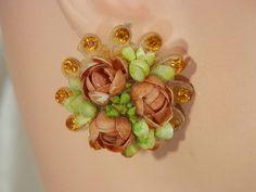 Pretty Vintage 1940s Rhinestone Flower Sea Shell Earrings Celluloid Back  166A4