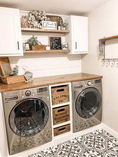 Home Office Inspiration, Laundry Room Inspiration, Farmhouse Laundry Room, Laundry In Bathroom, Laundry Decor, Laundry Area, Laundry Closet, Small Laundry, Laundry Room Organization