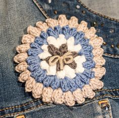 Crochet brooch / Broche de crochet by CosmenCompany on Etsy