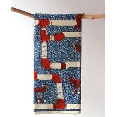 Tissu en coton à robinets blanc et rouge sur fond bleuDécouvrez notre gamme de tissus wax africain 100% coton en largeur 120cm à 7,50€ le mètre. Ces tissus sont disponibles au magasin de Bruxelles et sur notre shop online : http://shop.chienvert.com/fr/694-wax-africain
