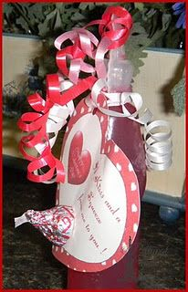 Valentine Favor:  A kiss and a squeeze  valentines day gift for friends or baby lexi's friends :)