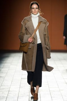 Paul Smith Fall 2015 Ready-to-Wear - Collection - shearling to die for x
