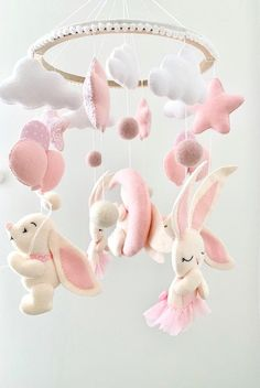 Baby girl crib mobile with bunny, Bunny Mobil, Woodland animal mobile, Mobile Nursery, Hanging mobil Mobiles, Baby Mobile, Mobile Mobile, Baby Zimmer, Hanging Mobile, Nature Decor, Woodland Animals, New Baby Gifts, Decoration