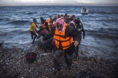 La Guardia Costera, que ha rescatado a 18 personas, informa que entre los fallecidos hay niños
