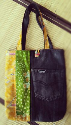 Created by @trastytasbatik . More info chat WA +6285866657552. Find us on twitter, facebook and insta trastybatik.