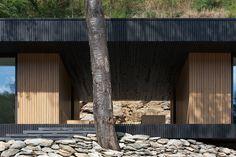 Home Hideg / Béres Architects