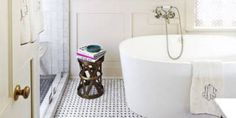 Home Design/Construction Ideas The Everything-You-Need-To-Know Bathroom Renovation Checklist Black L Modern Home Interior Design, Interior Design Advice, Walk In Shower Designs, Bathroom Design Inspiration, Design Ideas, Bathroom Shower Curtains, Small Bathroom, Bathroom Ideas, Basement Remodeling
