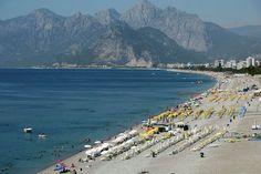 30/5/17 Turkije lokt weer meer toeristen Azië turkije toerisme In de maand april hebben 2,44 miljoen buitenlanders Turkije bezocht, 18 procent meer dan in april vorig jaar. Het is de eerste keer sinds juli 2015 dat Turkije het aantal buitenlandse bezoekers ziet stijgen op jaarbasis.