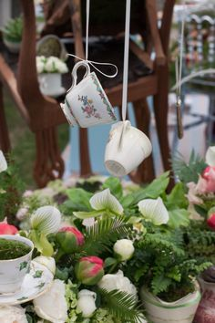 RHS, Chelsea Flower Show, 2015, Mad Hatter's Tea Party, design, Simon Lycett | Flowerona