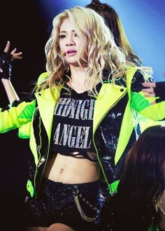 Hyo love her hairrr ❤ #bias