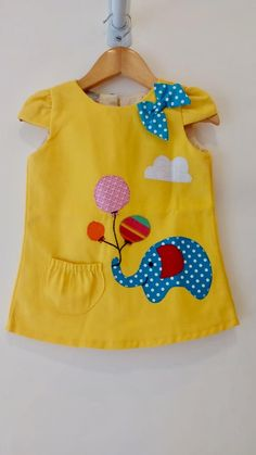 Girls Dresses Sewing, Kids Outfits Girls, Toddler Girl Dresses, Little Girl Dresses, Baby Frocks Designs, Kids Frocks Design, Baby Girl Fashion, Kids Fashion, Kids Dress Collection