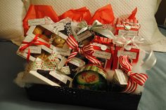 Cookie Gift Basket, showing 6 ways to package cookie gifts for the holidays for under $5 each.