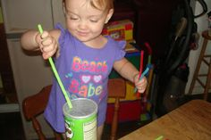 Learning with Bella: Pringle Can Pipe Cleaner Color Sort