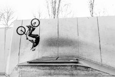 BMX / Flying Men / By Maxime Gautier   https://www.facebook.com/pages/Maxime-Gautier-Photographies/377473512394892