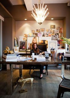 Jennifer Fisher's chic-as-can-be office (Photograph by Rima Campbell) - I like this layout for an office.