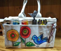 Harbor Freight canvas bag decorated with acrylic paint Harbor Freight Segeltuchtasche mit Acrylfarbe Kunstjournal Inspiration, Art Journal Inspiration, Journal Ideas, Altered Canvas, Altered Art, Fabric Painting, Fabric Art, Painted Canvas Bags, Shabby Chic Stil