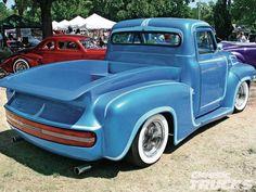 Kustom Kingdom: Ford Pick Up 1953 radical custom Hot Rod Pickup, Old Pickup Trucks, Hot Rod Trucks, Cool Trucks, Cool Cars, Custom Trucks, Custom Cars, Classic Trucks Magazine, Lowrider Trucks