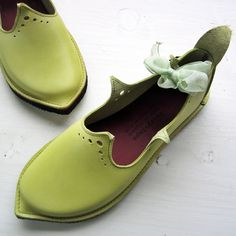 Fairysteps. Shoes & Accessories - HOLLY, Jonquil
