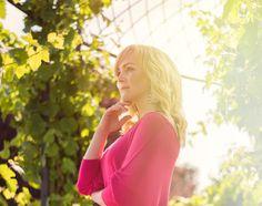 SEBEROZVOJOVÝ PROGRAM PRO ŽENY Milé dámy, je pro Vás vytvořen 5ti modulový cyklus setkání zaměřený na postupný rozvoj vědomého JÁ. Krok po kroku přiblížení se k srdci, odkud vychází veškerá naše energie a pravá podstata nás samotných. Mimo jiné na vás čekají významní hosté, mistři ve svém oboru. http://www.veronikakovarova.cz/?page_id=31