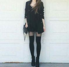 Outfits rifados para chicas alternativas