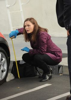 "Brennan (Emily Deschanel) in the ""The Suit On The Set"" episode of BONES."