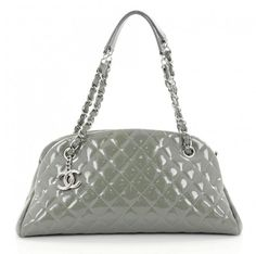 1fcf2cec89fa Chanel Green Leather Handbag Black Leather Bags, Green Leather, Luxury  Consignment, Luxury Bags
